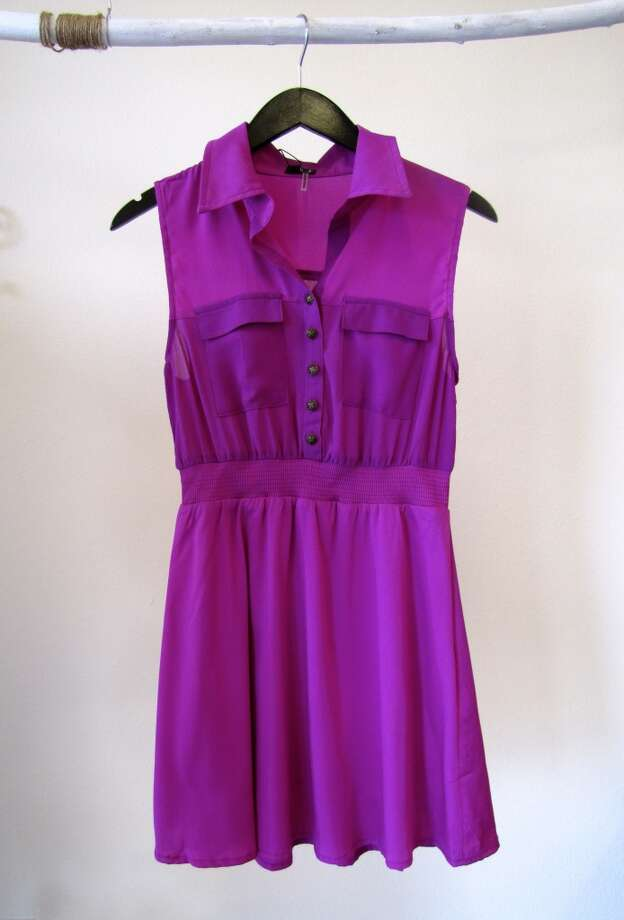 Magenta Dress, Daisy Parc Boutique, Nederland, $56.25 Photo: Cat5