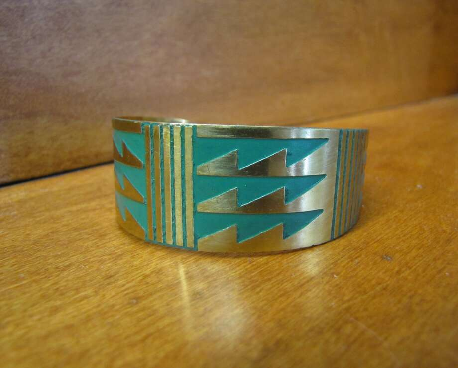 Cuff, Simply Chic, Nederland, $12 Photo: Cat5