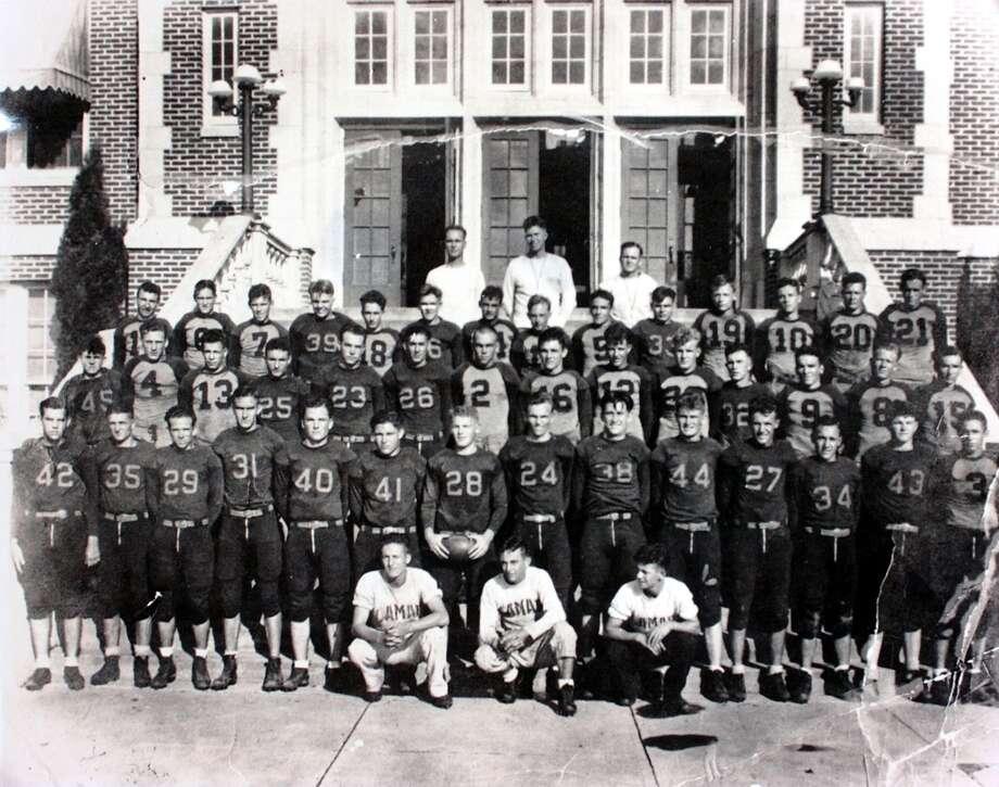1932 Lamar football team back row, center, John Gray coach photo provided by Lamar Un iversity Photo: Provided / Beaumont