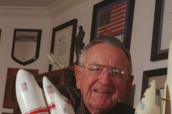 Chris Kraft served as flight director for all the Mercury launches.