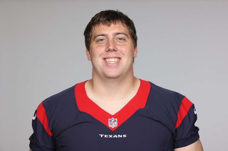 Andrew Gardner, OL  Performance-based bonus: $1,553 Photo: Associated Press