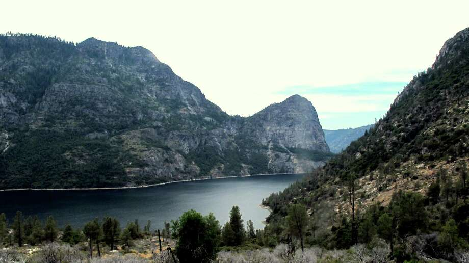 The view of Hetch Hetchy is then magically transformed with each step forward -- granite walls protect reservoir and watershed from direct onslaught here Photo: Michael Furniss/Wild Earth Press, Picasa