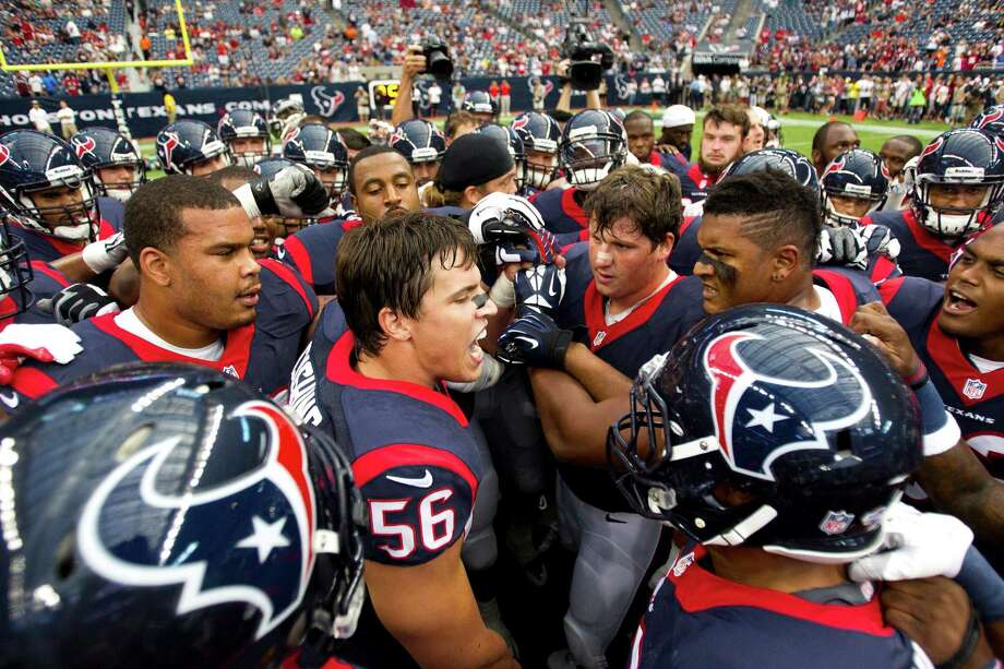 The Oilers had staying power for years, but they never brought Houston a title. Linebacker Brian Cushing (56) and the Texans hope to take things one step further. Photo: Brett Coomer, Staff / © 2013  Houston Chronicle