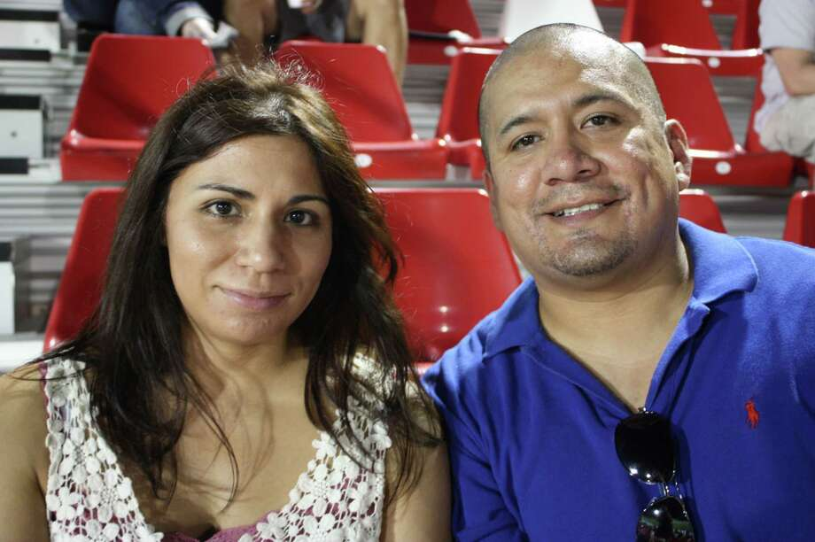 Fans cheer on the Scorpions as they take on Minnesota United FC at Toyota Field on Saturday, Aug. 31, 2013. Photo: Libby Castillo / For MySA.com