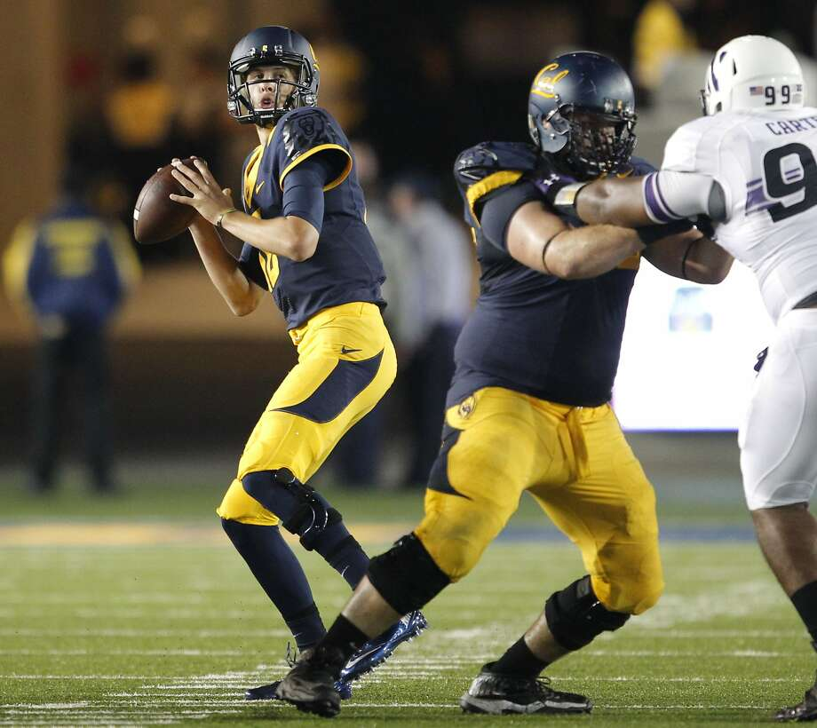 Cal's quarterback Jared Goff, (16) looks to throw during the third quarter, as the Cal Berkeley Golden Bears take on the Northwestern Wildcats at Memorial stadium in Berkeley , Calif. on Saturday August 31, 2013. Photo: Michael Macor, San Francisco Chronicle