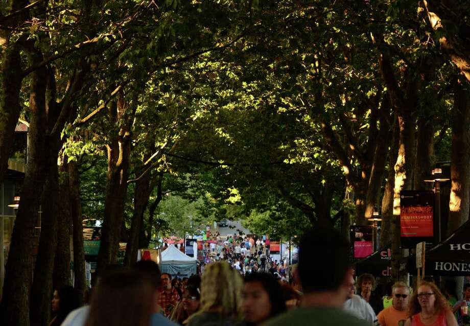 The streets were crowded during the first day of the 2013 Bumbershoot music festival Saturday, Aug. 31, 2013, at the Seattle Center. Photo: SY BEAN, SEATTLEPI.COM / SEATTLEPI.COM