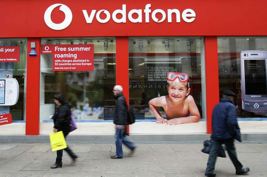 Britain's Vodafone says it's planning to sell its 45 percent stake of Verizon Wireless back to Verizon for $130 billion. Photo: Sang Tan / Associated Press