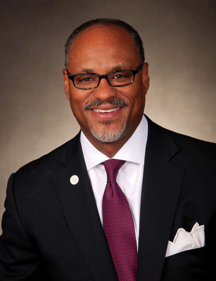 Bracewell & Giuliani Partner Jarvis V. Hollingsworth has been elected chairman of the University of Houston System Board of Regents for fiscal year 2014. Photo: HandoutPhoto