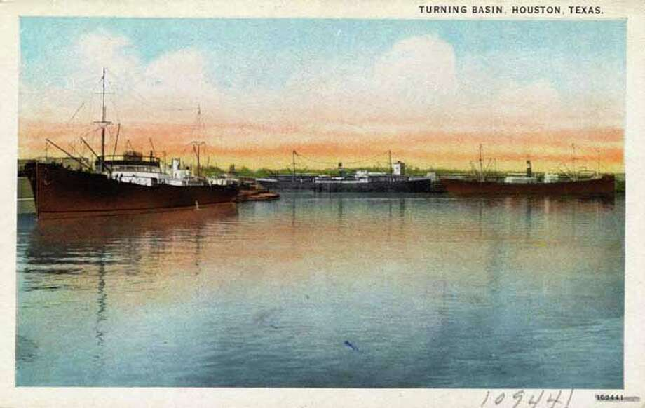 HOUSTON - 1926:  Vintage postcard showing ships in the Houston Turning Basin. (Photo by Lake County Museum/Getty Images) Photo: Curt Teich Postcard Archives, Getty Images / Archive Photos