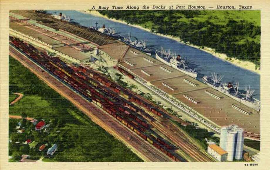 HOUSTON - 1947:  Vintage postcard showing an aerial view along the docks of Port Houston. (Photo by Lake County Museum/Getty Images) Photo: Curt Teich Postcard Archives, Getty Images / Archive Photos