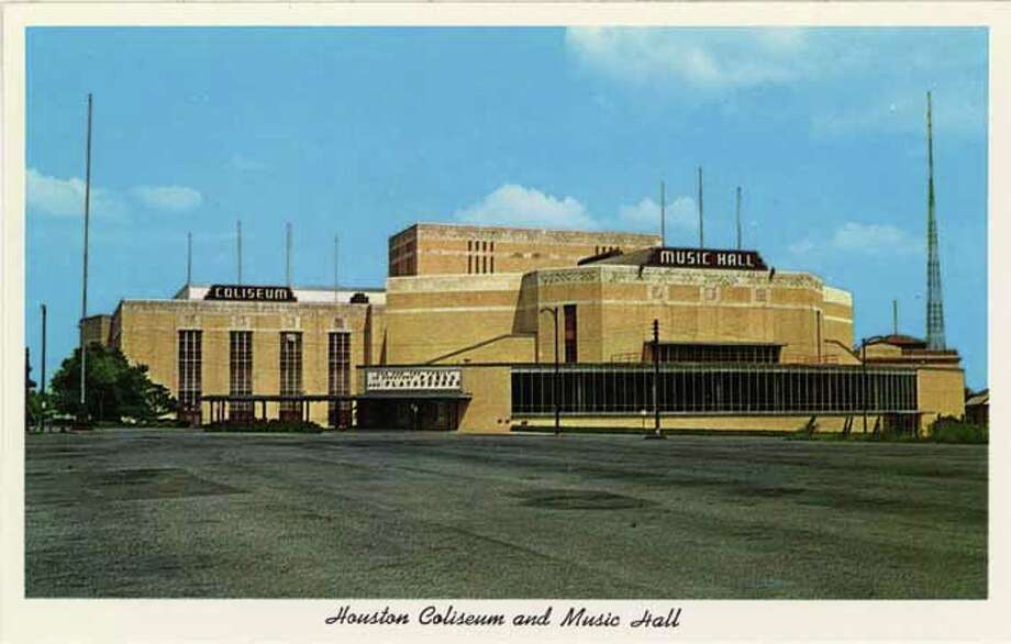 HOUSTON - 1959:  Vintage postcard showing the Houston Coliseum and Music Hall and empty parking lot. (Photo by Lake County Museum/Getty Images) Photo: Curt Teich Postcard Archives, Getty Images / Archive Photos