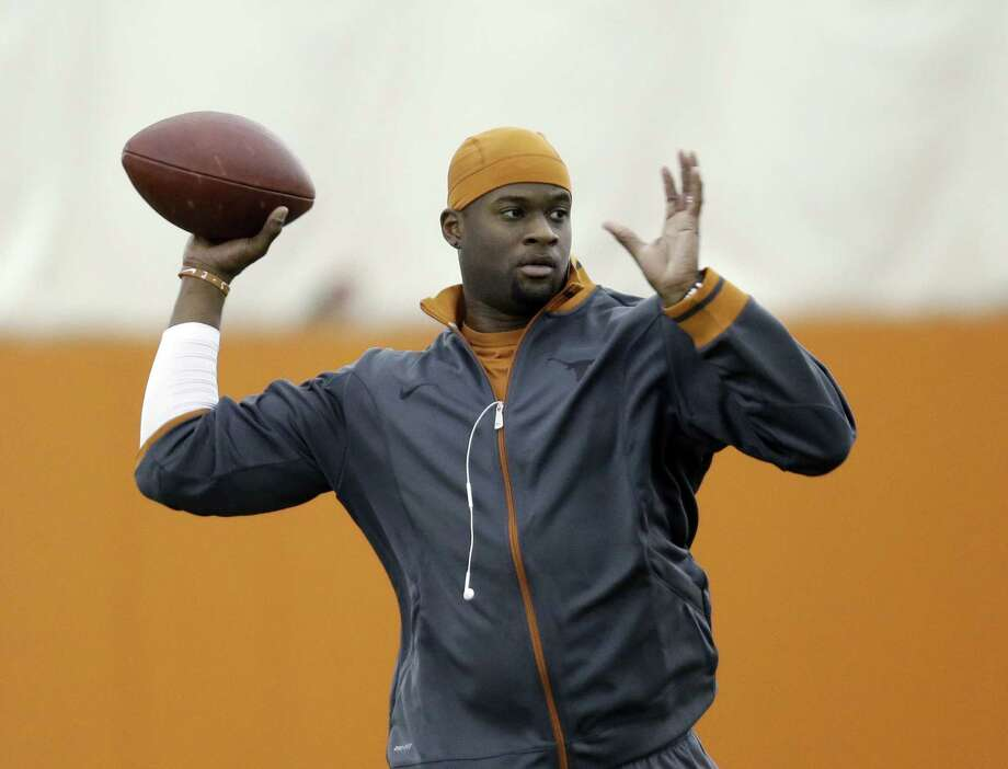 Vince Young did the right things during his Packers tryout, but it wasn't enough to make the team.