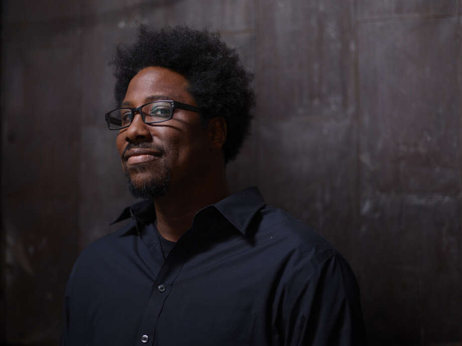 "San Francisco comic Kamau Bell stars in the new FX show ""Totally Biased With Kamau Bell."" (Matthias Clamer/FX) / ONLINE_YES"