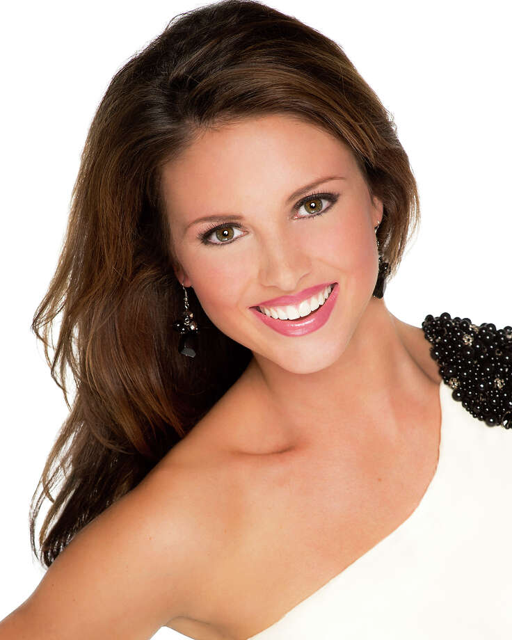 Miss Oklahoma:Kelsey Griswold, 21Hometown: TulsaEducation: Oklahoma City UniversityPlatform Issue: A.R.T - Artists Reaching TogetherScholastic Ambition: To obtain my Bachelors of Fine Arts in ActingTalent: Vocal Photo: Courtesy Of Miss America Organization