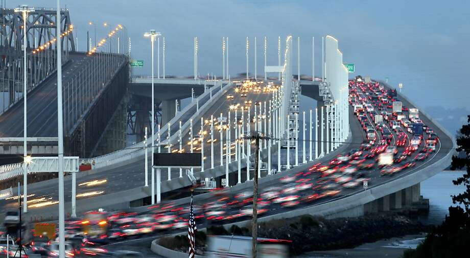 With the Bay Bridge's new eastern span open, the morning commute attracts more traffic - and increases commute times. Photo: Michael Macor, San Francisco Chronicle