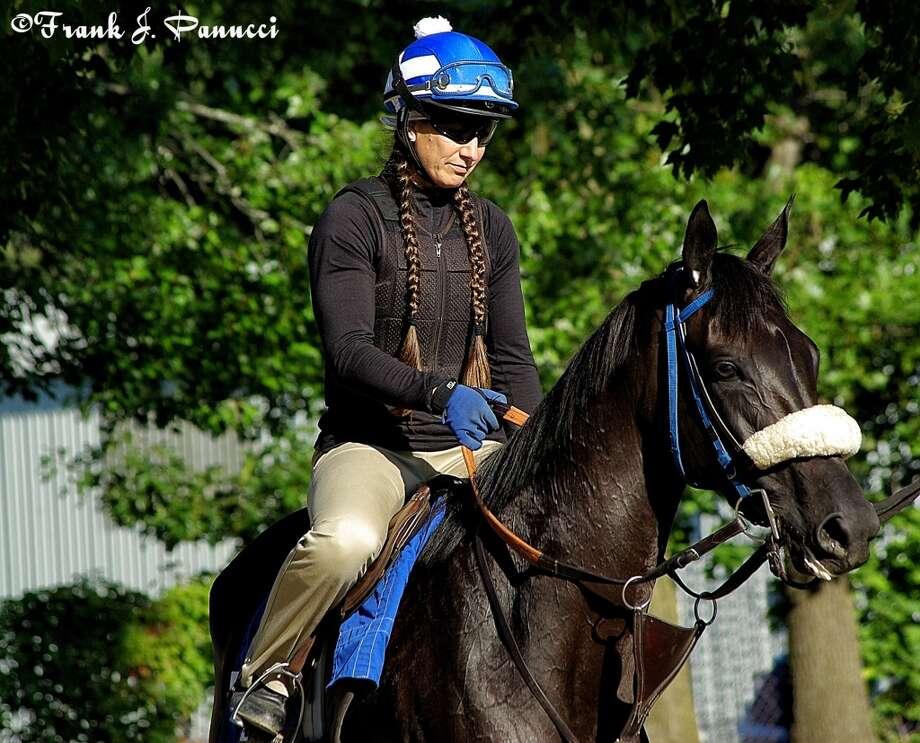 Zenyatta half sister Eblouissante, trained also by John Sheriffs (Frank Panucci) Photo: Picasa