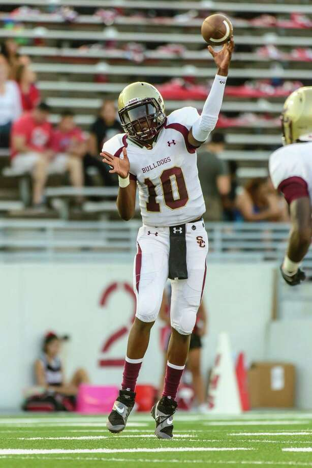 Summer Creek quarterback Aaron Sharp completed 14 of 16 passes for 233 yards and three touchdowns against South Houston on Saturday. Photo: ÂKim Christensen, Photographer / ©Kim Christensen