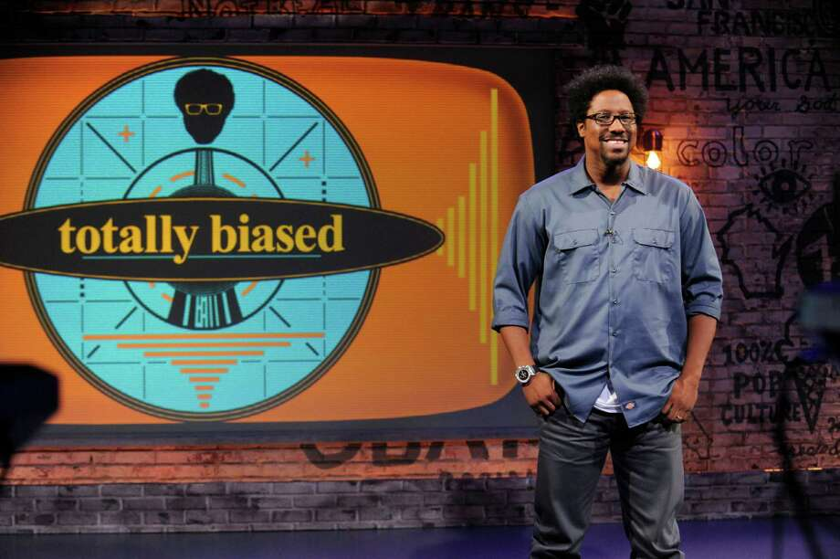 TOTALLY BIASED WITH W. KAMAU BELL: Pictured: W. Kamau Bell. CR: Jeffrey Neira/FX Photo: Jeffrtey Neira