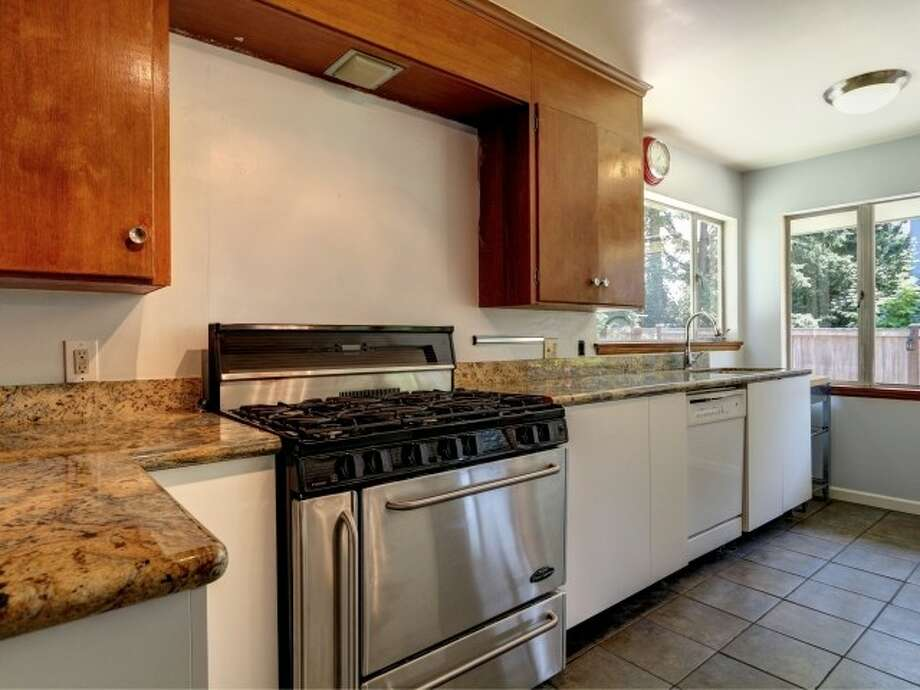 Kitchen of 141 N. 144th St. It's listed for $425,000. Photo: Courtesy Jeffrey Jordan, Coldwell Banker Bain