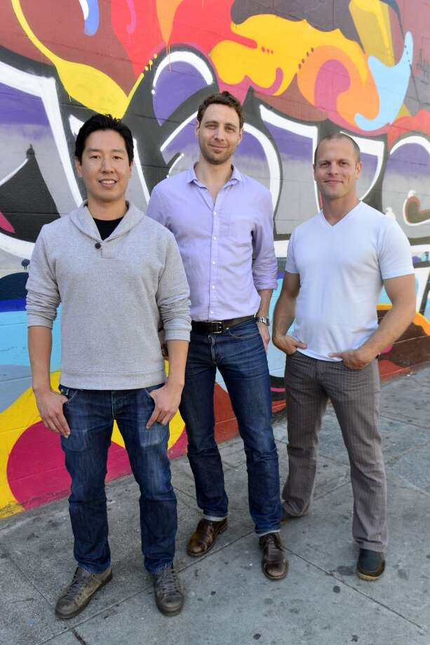 Graffiti expert Daniel Pan, InsideHook Cofounder Jonathan Keidan and Tim Ferriss pause for a pose along the Clarion Alley Mural Project. Photo: Jerod Harris
