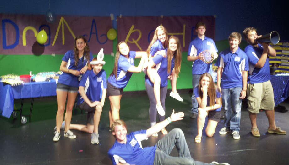 Friendswood High School thespian officers Rachel Wright, Daniel Miniot, Tatum Garvin, Samantha McHenry, Jenny Plackemeier, Max Bowen, Mitchell Mills, Dylan Dickens, Samantha Brown and Troy Beckman welcomed new students Aug. 22. Photo: Provided By Friendswood High School