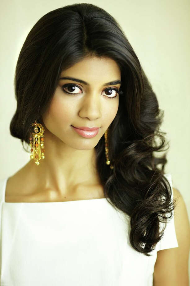 Miss Washington D.C.: Bindhu Pamarthi, 23Hometown: Washington, D.C.Education: