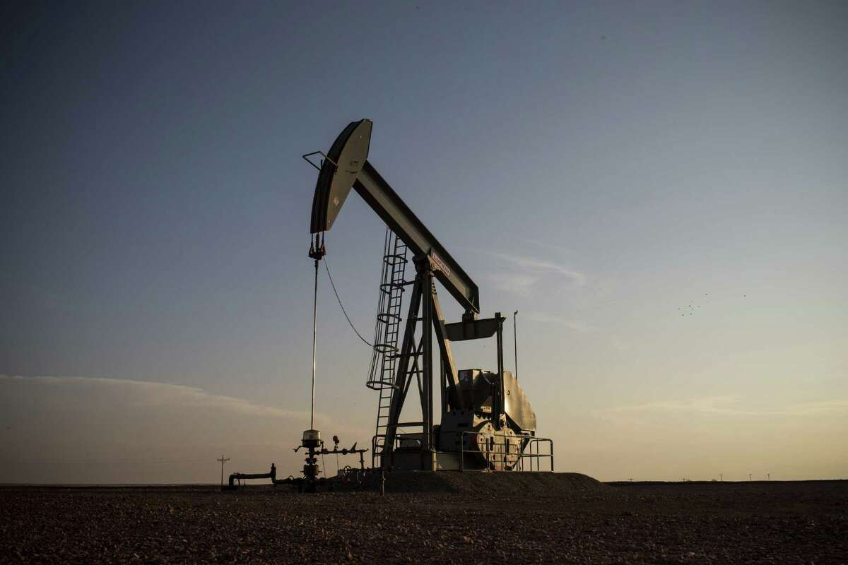 A pump jack works in a dry environment.