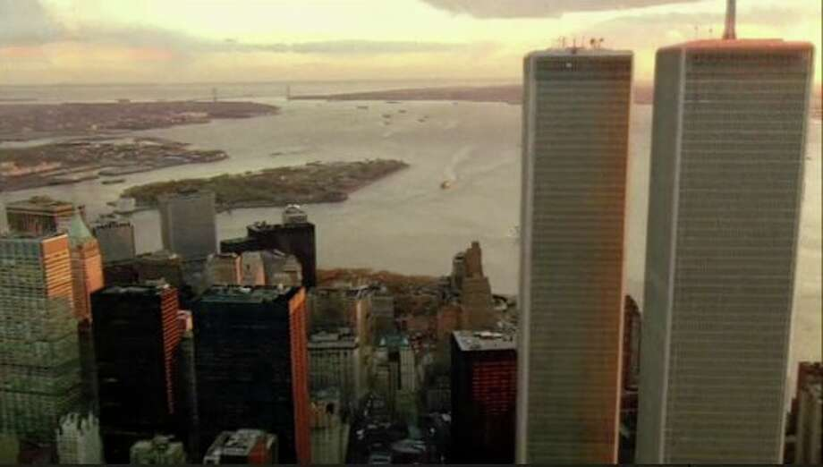 Sci-fi thriller 'Fringe's' biggest surprise came at the end of the first season, when FBI agent Olivia Dunham inadvertently traveled to another universe, one in which the World Trade Center was still standing.