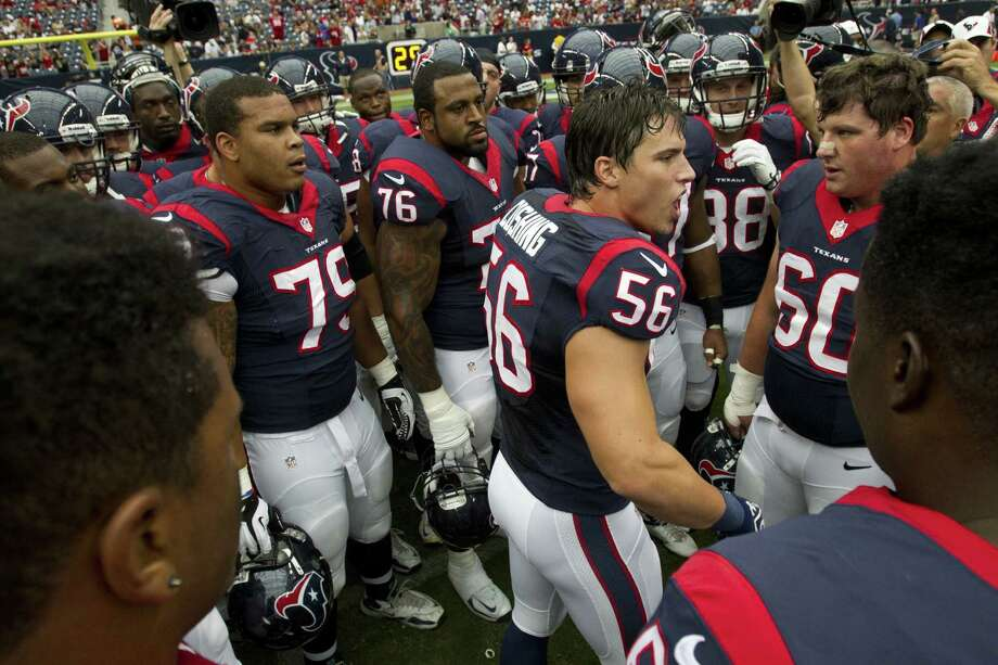 Texans LB Brian Cushing (56), who was in the last year of the rookie contract he signed in 2009, has a new $55.6 million deal, $21 million guaranteed. Photo: Brett Coomer / Houston Chronicle