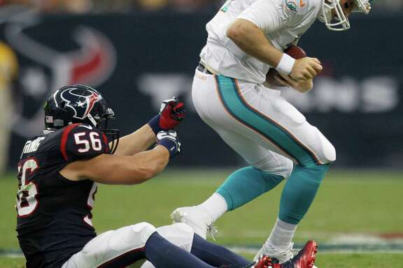 The Texans saw enough of Brian Cushing (56) in the preseason to feel comfortable giving him a six-year contract extension less than a year removed from a serious knee injury.
