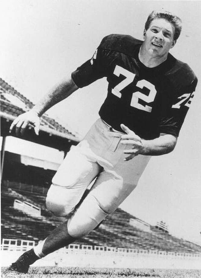 FORT WORTH, TX- CIRCA 1957-61: Bob Lilly #72 of Texas Christian University Horned Frogs runs downfield at the Amon G. Carter Stadium in Fort Worth, Texas.  (Photo by Texas Christian/Collegiate Images/Getty Images Photo: Collegiate Images, Collegiate Images/Getty Images / 1957 Texas Christian