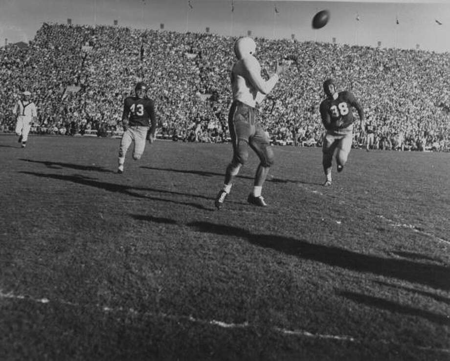 Circa 1950: University of Texas football game.  (Photo by Francis Miller/Time & Life Pictures/Getty Images) Photo: Francis Miller., Time & Life Pictures/Getty Image / Time & Life Pictures