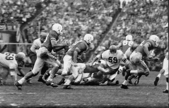 Syracuse Univ. playing against Texas Univ. during the Cotton Bowl game.  (Photo by Robert W. Kelley//Time Life Pictures/Getty Images) Photo: Robert W. Kelley, Time & Life Pictures/Getty Image / Time Life Pictures