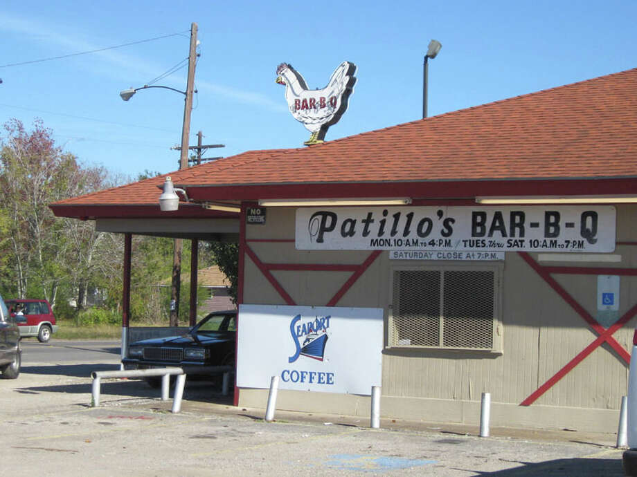 Pattillo's Bar-B-Q has been serving the area since 1912. Photo: Randy Edwards, Beaumont Enterprise / Enterprise