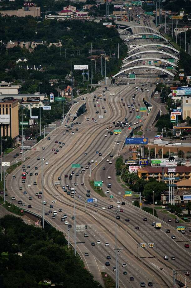4. U.S. Highway 59-Southwest FreewayTraveling northbound on the Southwest Freeway can slow down Sugar Land residents quite a bit. By 7:30 a.m., speeds are in the low 20s and do not get back to the normal 60 miles per hour until about 9 a.m.Source: Transtar Photo: Smiley N. Pool, Houston Chronicle / Houston Chronicle