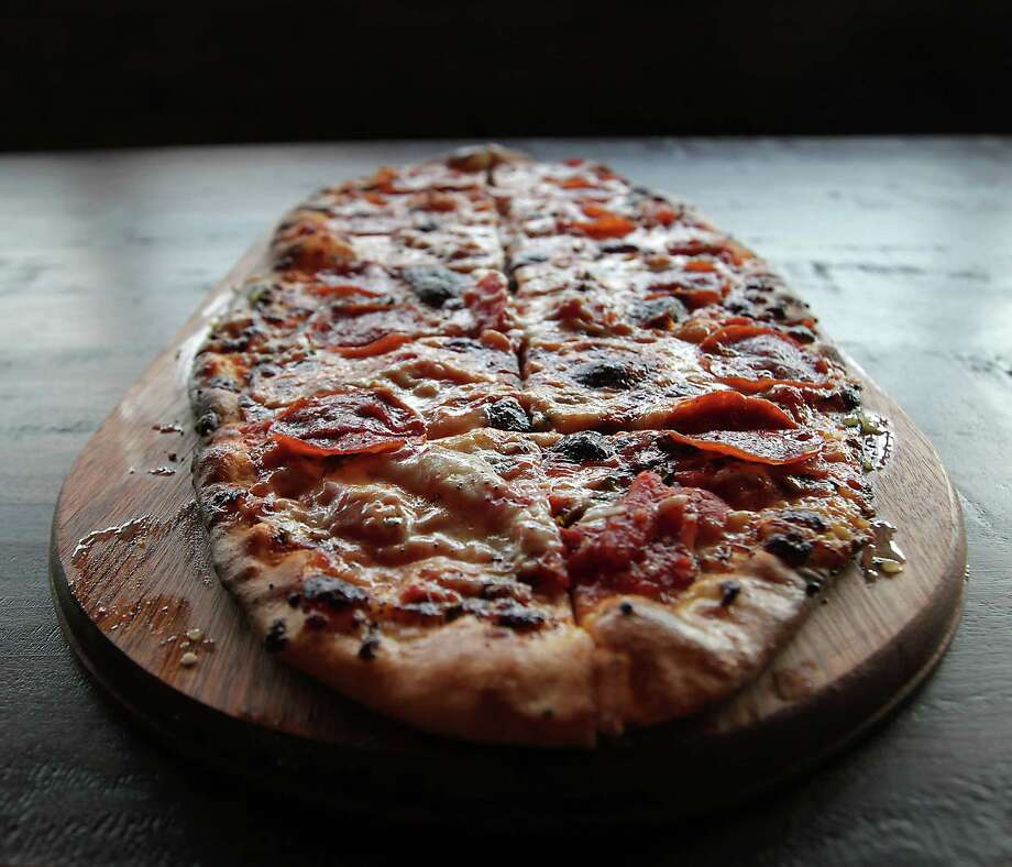 The Pepperoni Pizza at City Oven  Photo: James Nielsen, Staff / © 2013  Houston Chronicle