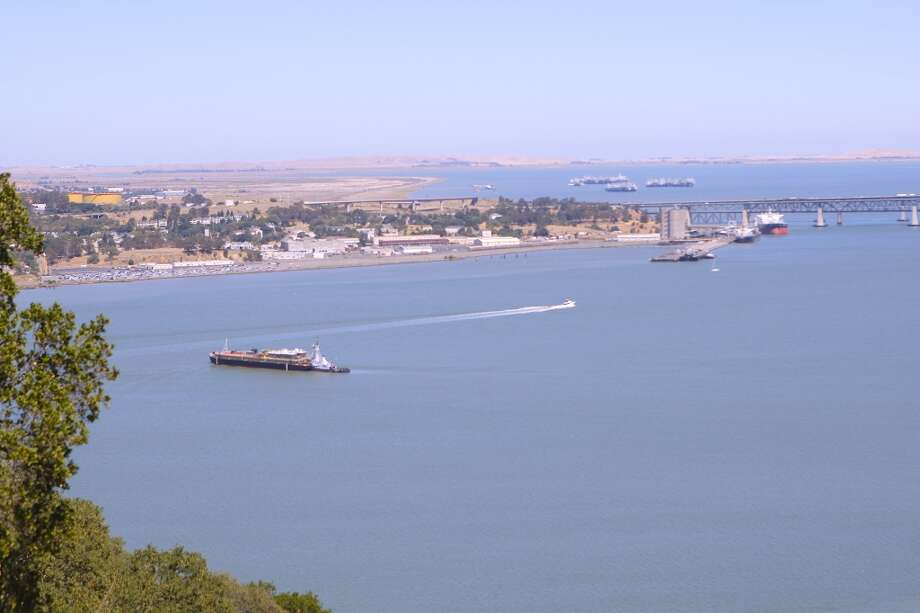 Pay-off view from bench at Franklin Ridge looking toward Carquinez Bridge Photo: Tom Stienstra/The Chronicle