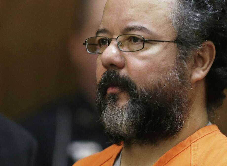 Ariel Castro, shown in a Cleveland courtroom during his sentencing for the abduction and rape of three women over a decade, has committed suicide, hanging himself with a bedsheet in his prison cell. Photo: Tony Dejak / Associated Press