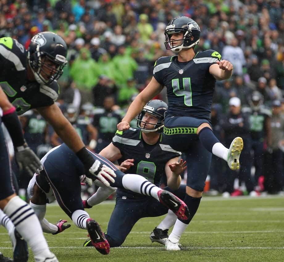 Steven Hauschka, and Jon Ryan watch the game-winning PAT against the New England Patriots at CenturyLink Field on October 14, 2012, in Seattle. Photo: Otto Greule Jr, Getty Images