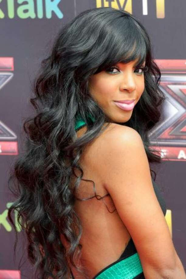 Kelly Rowland went to Westfield.