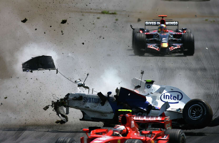 Robert Kubica of Poland and BMW-Sauber crashes during the Canadian Formula One Grand Prix at the Circuit Gilles Villeneuve on June 10, 2007 in Montreal. Photo: Paul Gilham, Getty Images / 2007 Getty Images