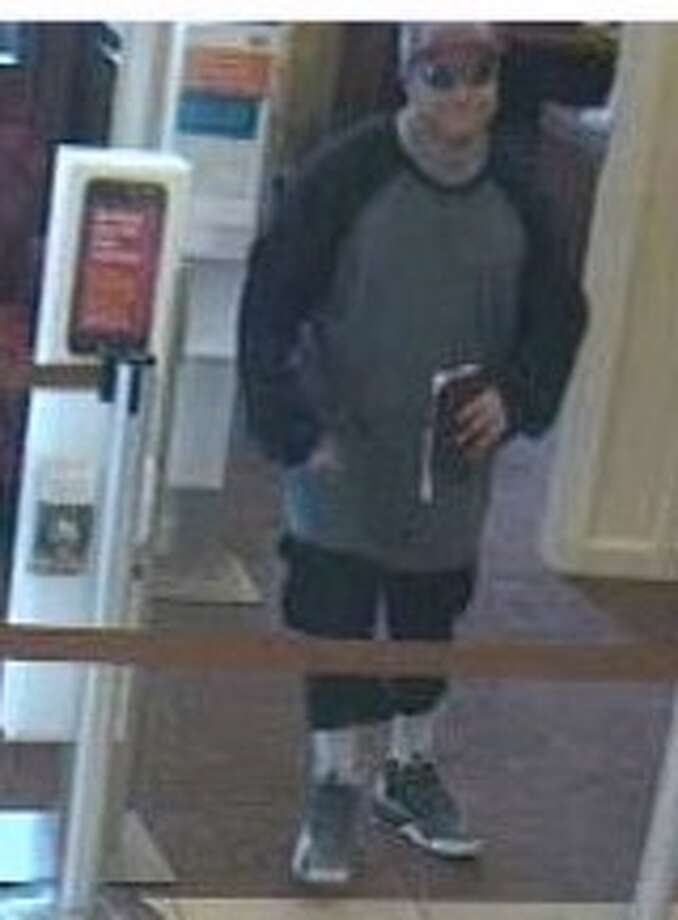 This surveillance photo shows man who robbed a Wells Fargo bank in Linden, N.J., on Aug. 20. Photo: Greenwich Time