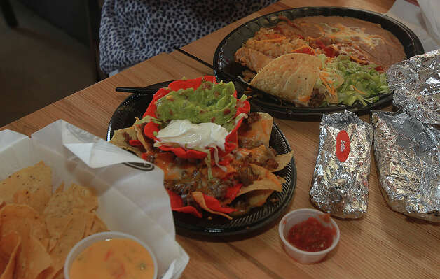 Taco Cabana is a popular Mexican food chain elsewhere in Texas, but there is no Beaumont location. Photo: SAN ANTONIO EXPRESS-NEWS / ©San Antonio Express-News/Photo may be sold to the public