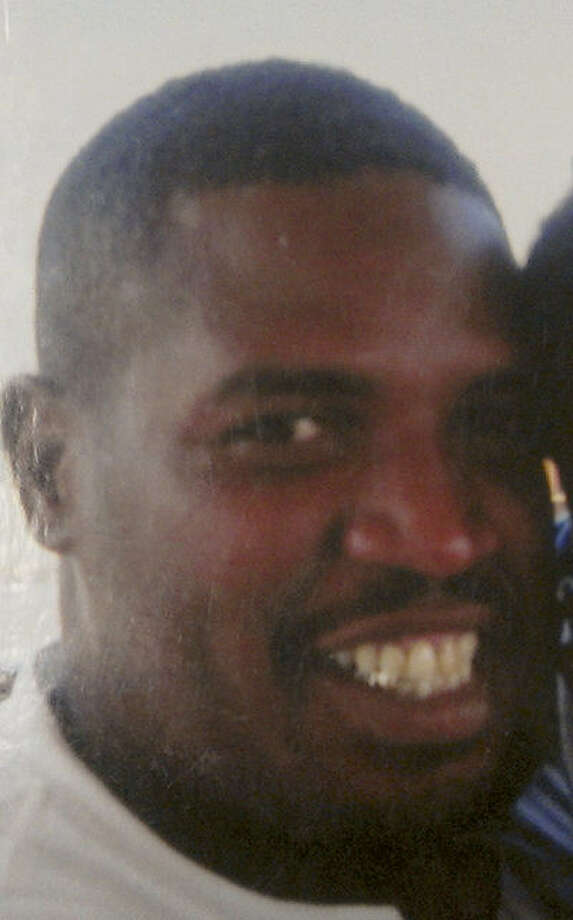 Leads have been few in the probe of Leonard Bankhead's 2006 slaying.