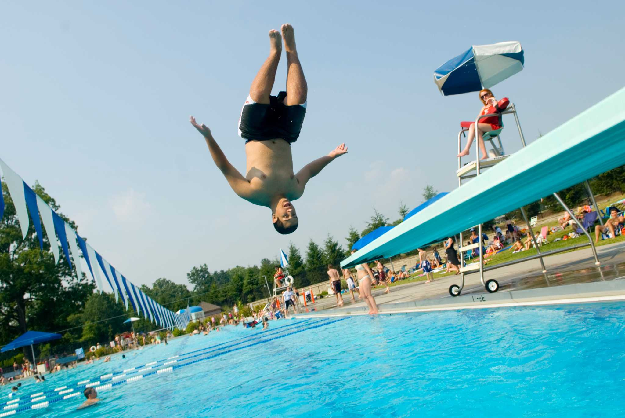 New canaanites not cool with nonresidents at pool - John martinez school new haven swimming pool ...