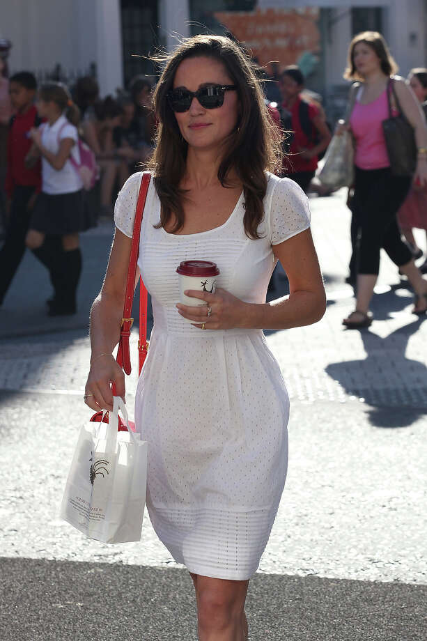 Daringly wearing white after Labor Day. Photo: Neil Mockford, FilmMagic / 2011 FilmMagic