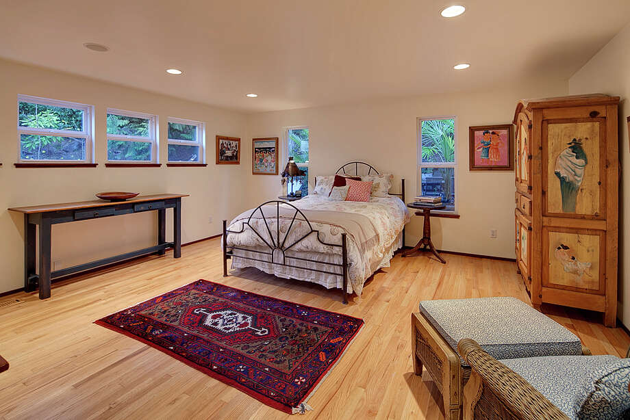 Bedroom of 445 McGilvra Boulevard E. It's listed for $2.488 million. Photo: Courtesy Chris Sudore, Coldwell Banker Bain / Clarity Northwest Photography