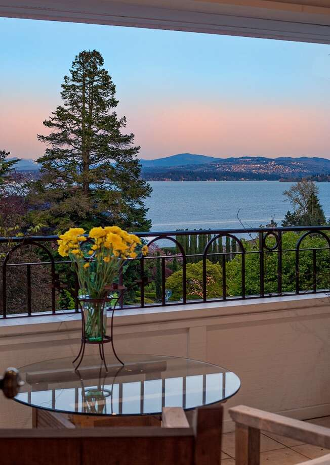 Balcony 445 McGilvra Boulevard E. It's listed for $2.488 million. Photo: Courtesy Chris Sudore, Coldwell Banker Bain