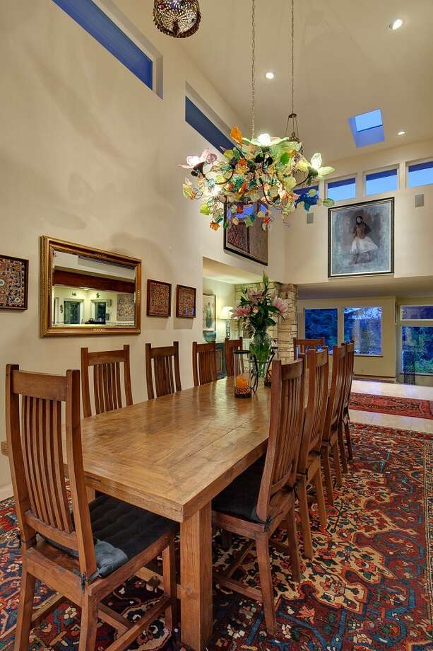 Dining room of 445 McGilvra Boulevard E. It's listed for $2.488 million. Photo: Courtesy Chris Sudore, Coldwell Banker Bain