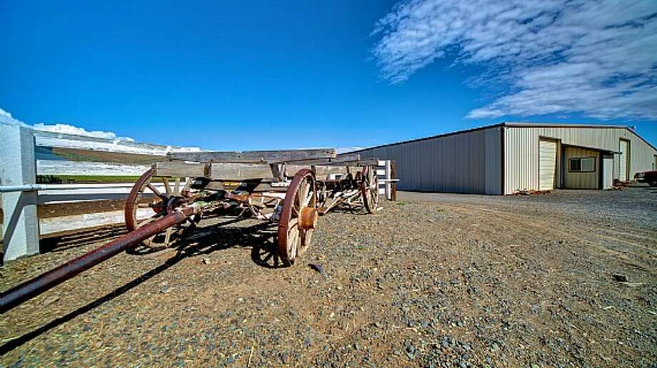 Equestrian facility of Venture Farms, 1850 Venture Road, in Ellensburg. It is scheduled to go up for auction on Sept. 12. Photo: J.P. King Auction Co.